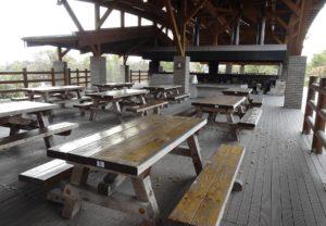 第2炊飯場のベンチ