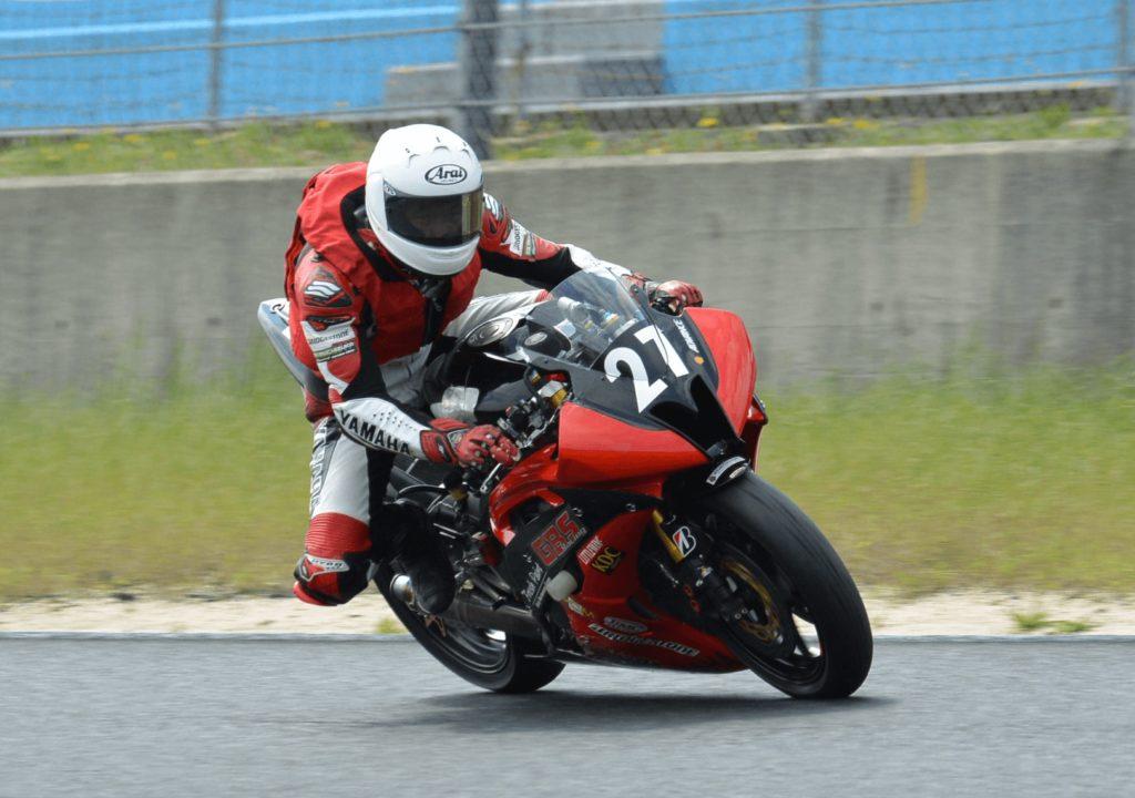 バイクのブレーキング