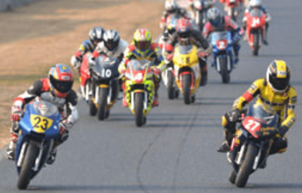 ミニバイクレース